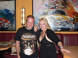 charity_2012_avantasia_amanda_09_small