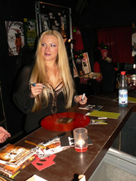 charity_2013_avantasia_amanda_06_small
